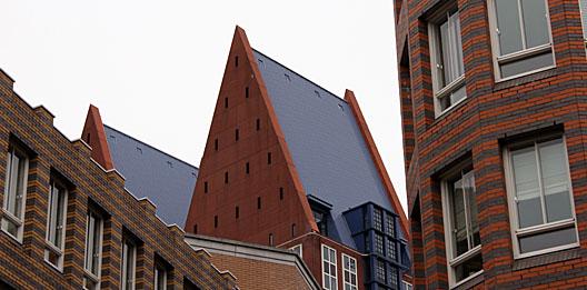 verschillen openbare ruimte, gebouwen en interieur in psychologie?
