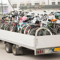 Verkeerd geplaatste fietsen worden afgevoerd naar... naar waar eigenlijk?